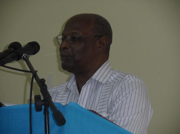 Dr Kenrick Leslie, CBE; Credit: Earl Green