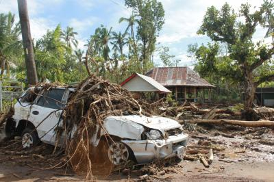 The aftermath of flash flooding caused by Cyclone Evan on the village of Lelata. Photo: Kevin Hadfield/AusAID