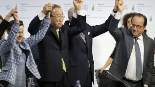 Image copyright Reuters Image caption UN Secretary-General Ban Ki-moon and French President Hollande join in the celebrations