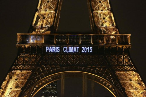 Eiffel Tower lit up for COP21 [Pic: arc2020.eu]