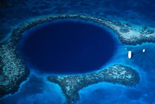 Belize Barrier Reef Reserve System © Tony Rath / Tony Rath